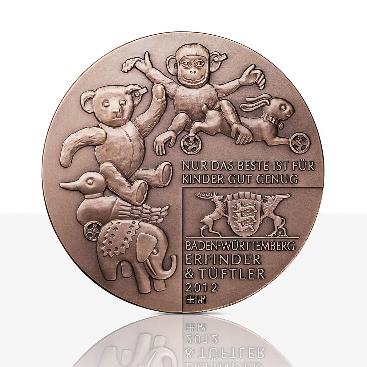 Margarete Steiff Hochrelief Medaille Bronze Staatliche Münzen